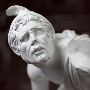 Statue des Kleinen Gallier im Museum für Abgüsse Klassischer Bildwerke München.