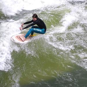Surfing in central Munich