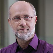 Portraitfoto Professor Harald Lesch