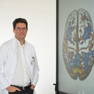 The picture shows Nikolaos Koutsouleris, Chair in Precision Psychiatry in the Department of Psychiatry at LMU and at the Institute of Psychiatry, Psychology and Neuroscience, King's College London