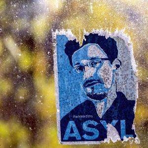 Plakat von Edward Snowden